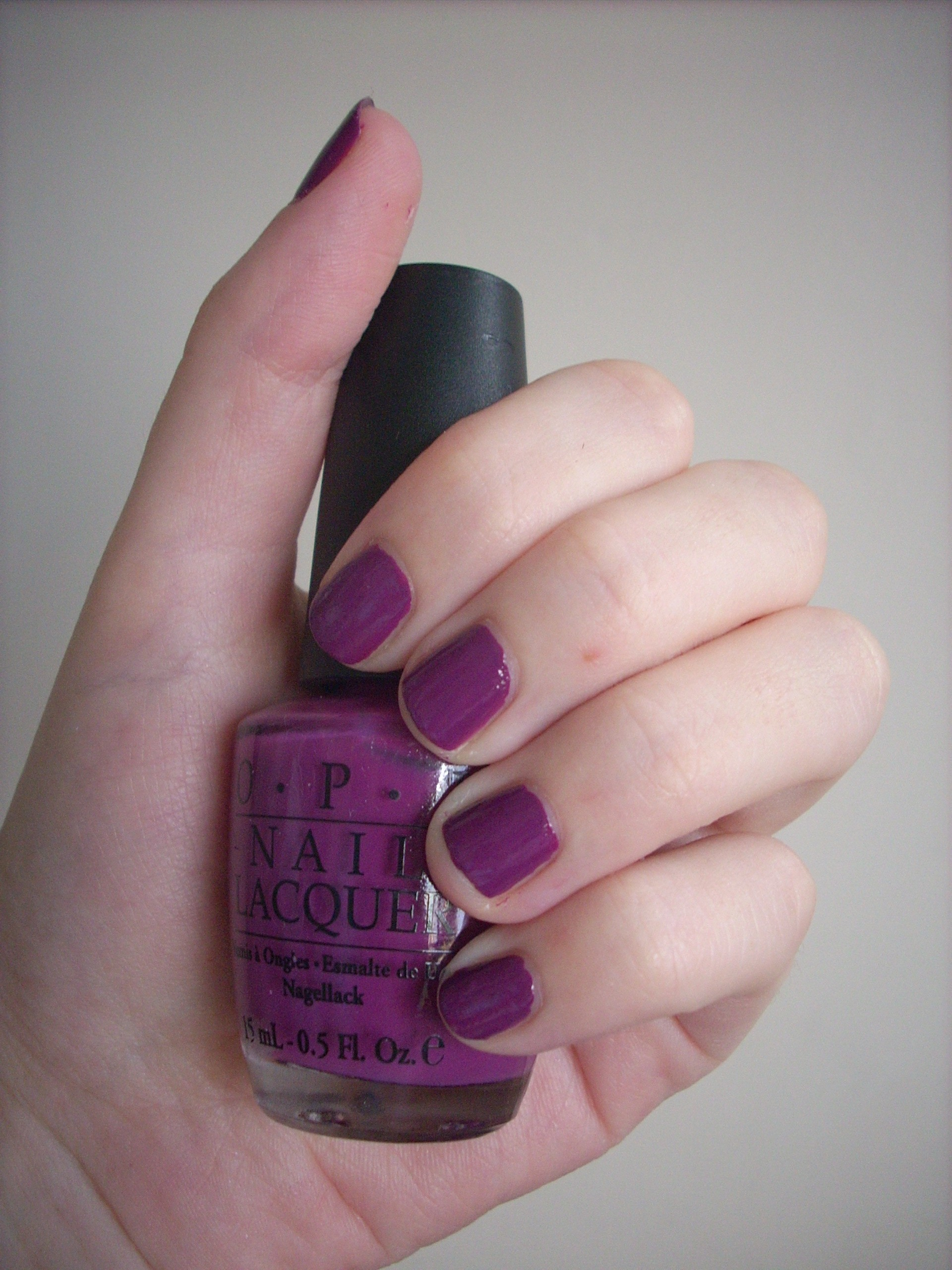 OPI Pamplona Purple nail polish review | Through The Looking Glass