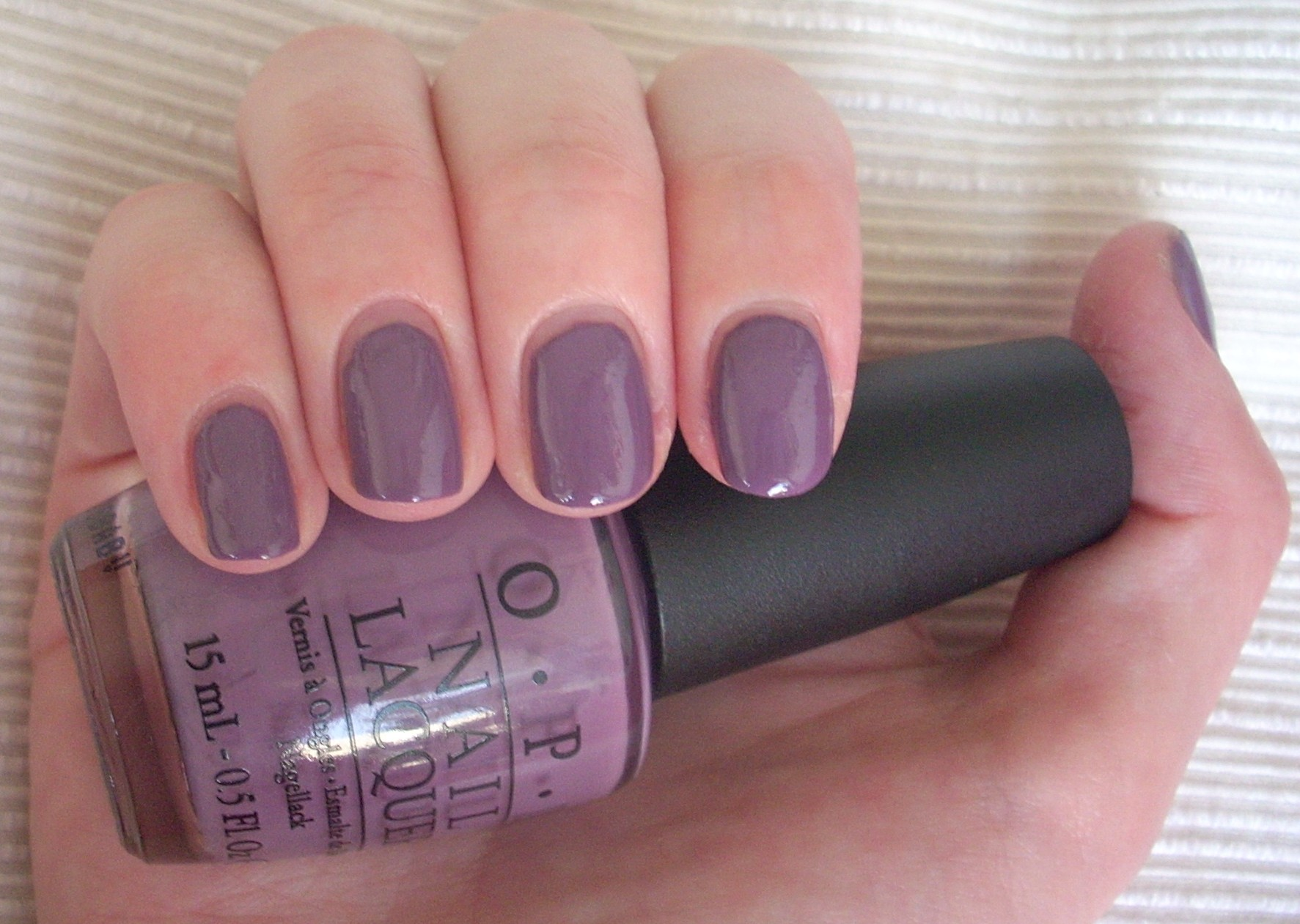 OPI Parlez-Vous OPI nail polish review | Through The Looking Glass