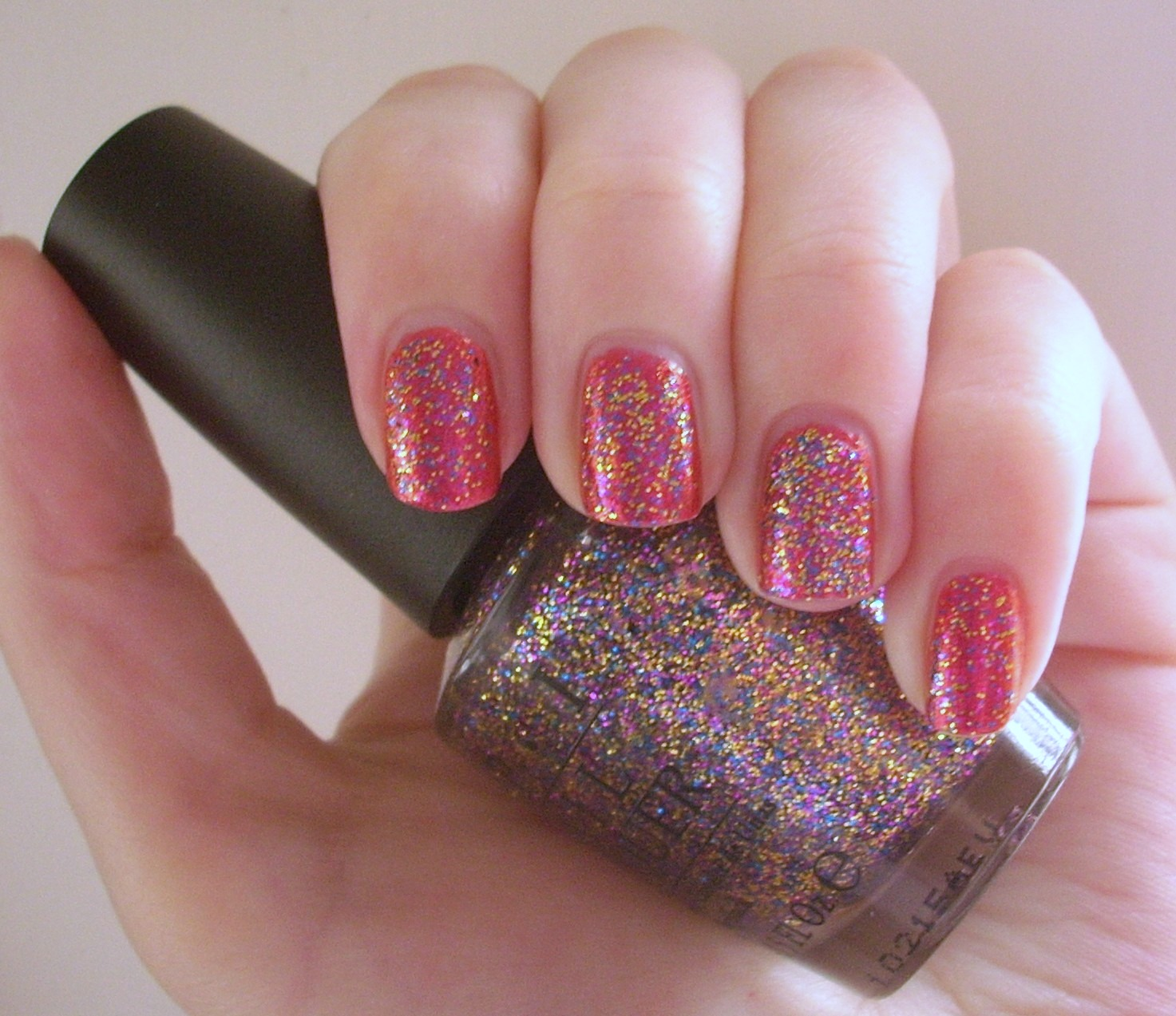 OPI Sparkle-licious nail polish review | Through The Looking Glass