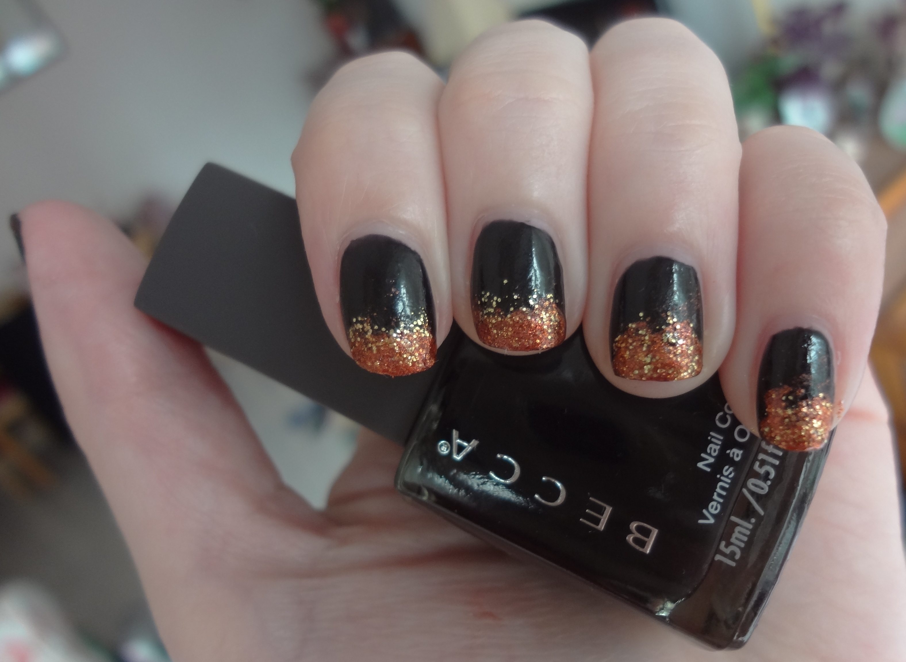 nail lacquer | Through The Looking Glass | Page 7