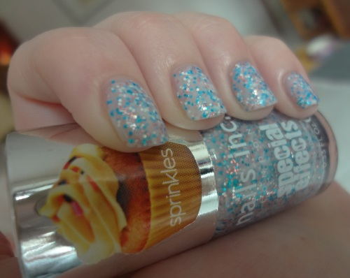 nails inc sweets way swatch macro