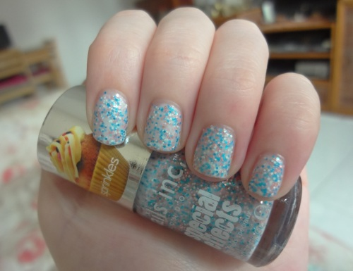 nails inc sweets way swatch