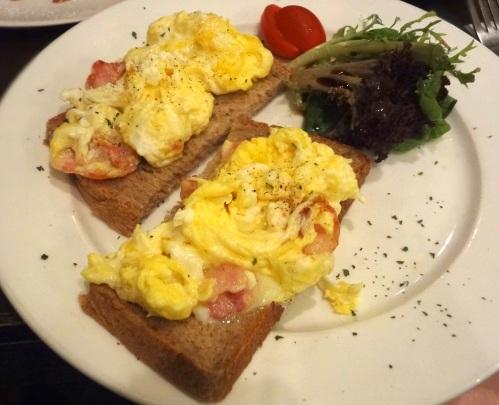 cafe corridor bacon and scrambled eggs