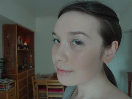 chanel blue bay stylo eyeshadow eotd