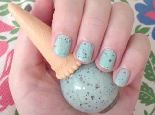 etude house mint choco chip swatch nail polish