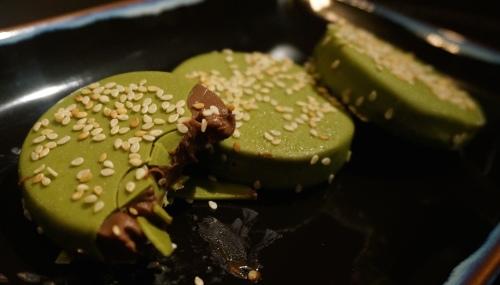 mott 32 hong kong green tea chocolate mousse