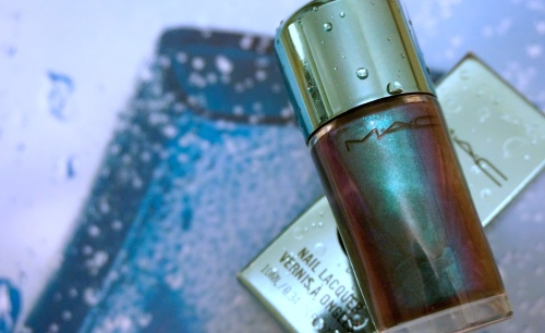 mac submerged nail lacquer