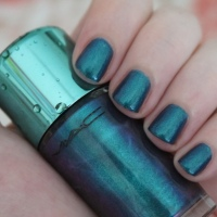 MAC Submerged nail polish review, Alluring Aquatic Collection