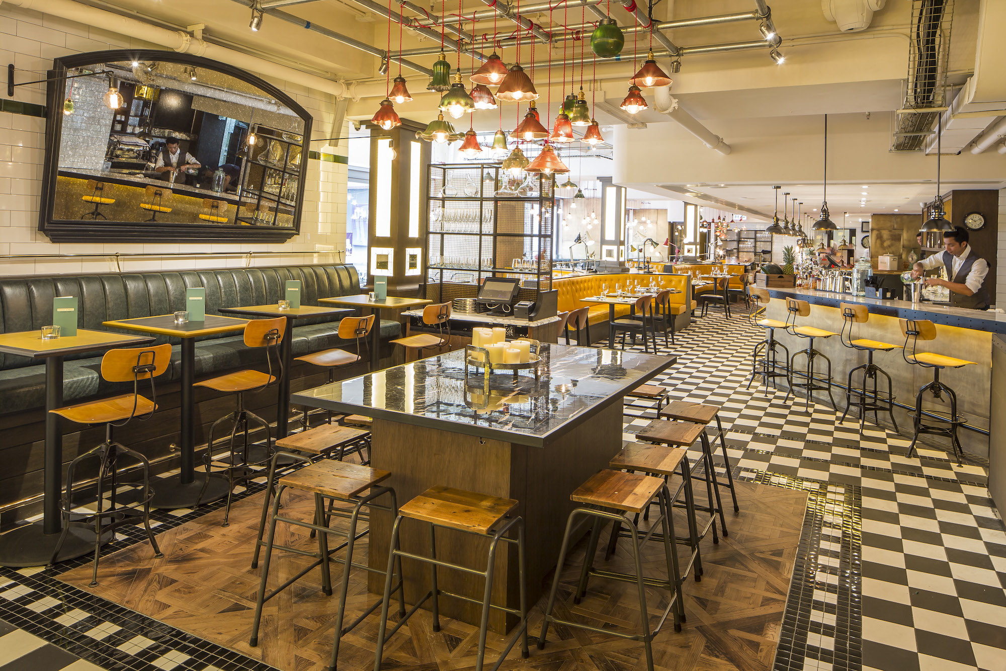 Bread Street Kitchen Bar Restaurant Review Gordon Ramsay Hits Hong Kong Through The
