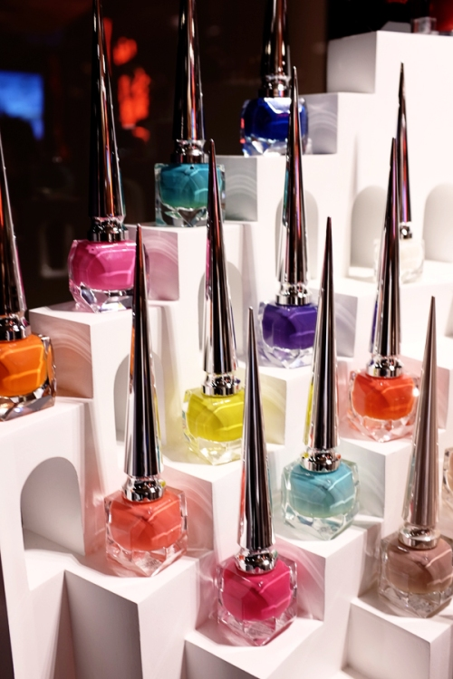 louboutin nail polish the pops