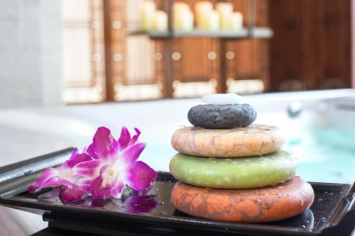 Peninsula Spa Hong Kong LaStone Therapy