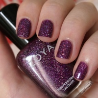 Zoya Aurora nail polish review