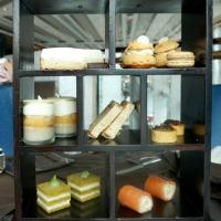 Pierre Hermé Paris Infiniment Vanille Afternoon Tea at The Ritz-Carlton Hong Kong review – thriller in vanilla