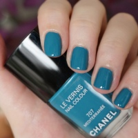 Chanel Mediterranee nail polish review