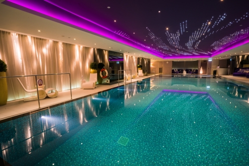 mira-hong-kong-swimming-pool
