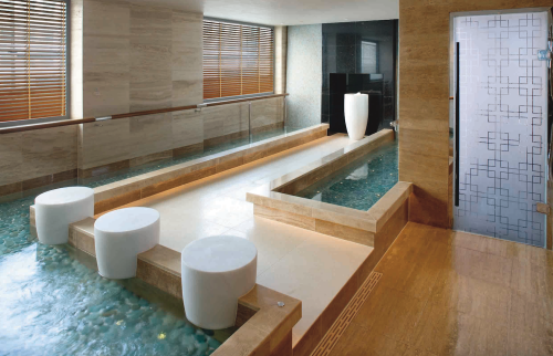 mandarin-oriental-hong-kong-spa-kneipp-pool
